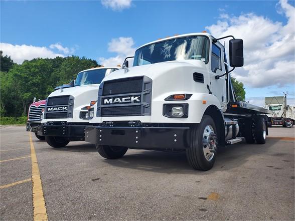 2022 and 2023 Mack Trucks in Michigan
